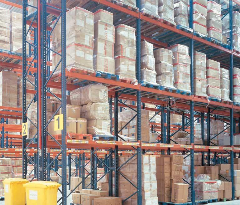 Logistický sklad distribuce potravinářských výrobků.
